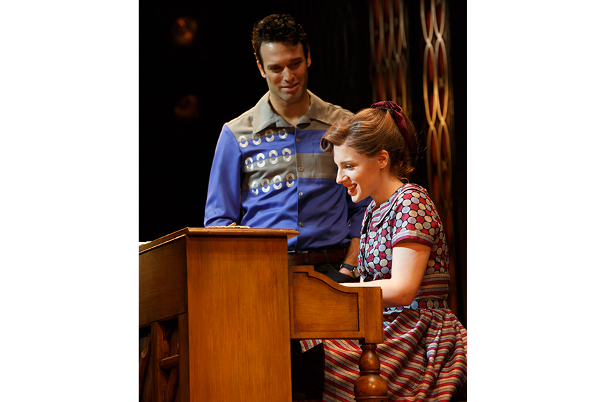 BEAUTIFUL Carole King Musical Broadway Image 13 871x578