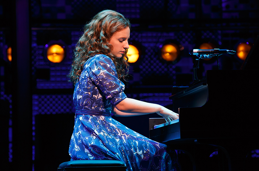 BEAUTIFUL Carole King Musical Broadway Image 23 871x578